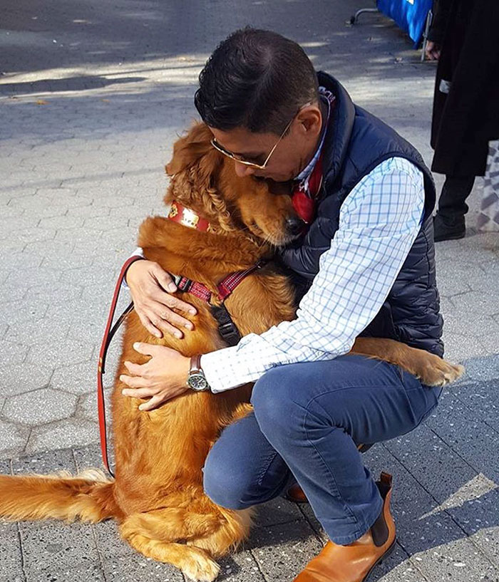 Dog With 200K Instagram Followers Hugs People, To Make Them Feel Good.