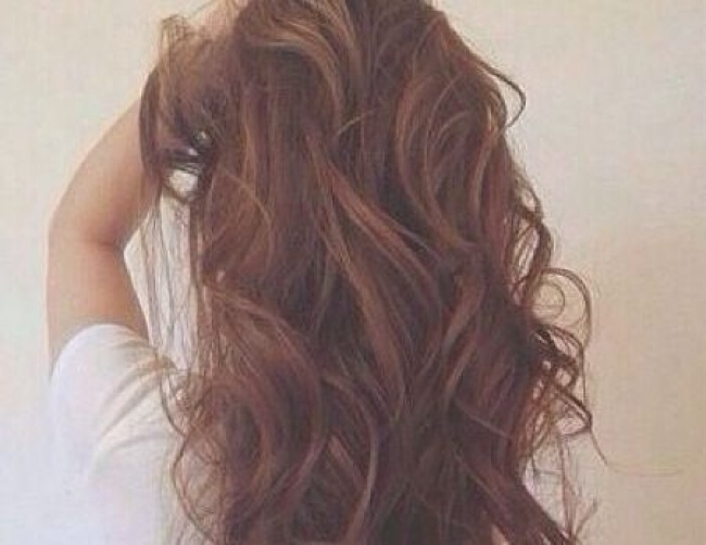 20 Habits That Will Make Your Hair Stronger, Shinier And Healthier!