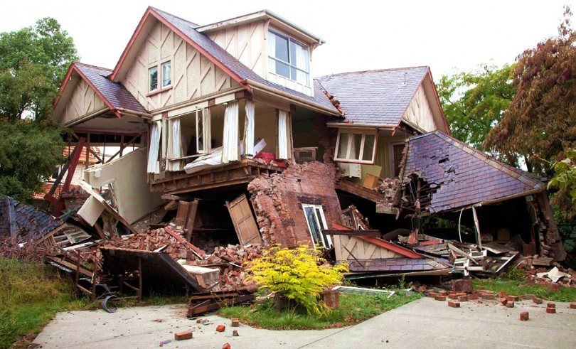 These Survival Tips For Earthquakes That Everyone Should Know!