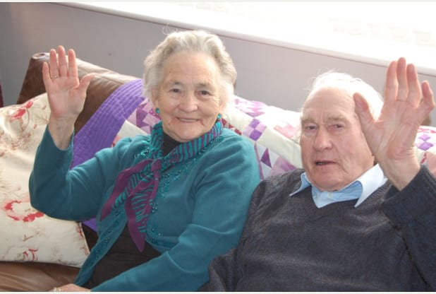 A Real Life Love Story Of An Elderly Couple Who Died Within 4 Minutes Of Each Other!